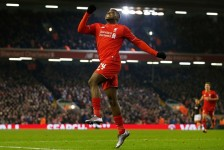 Liverpool, Tottenham advance
