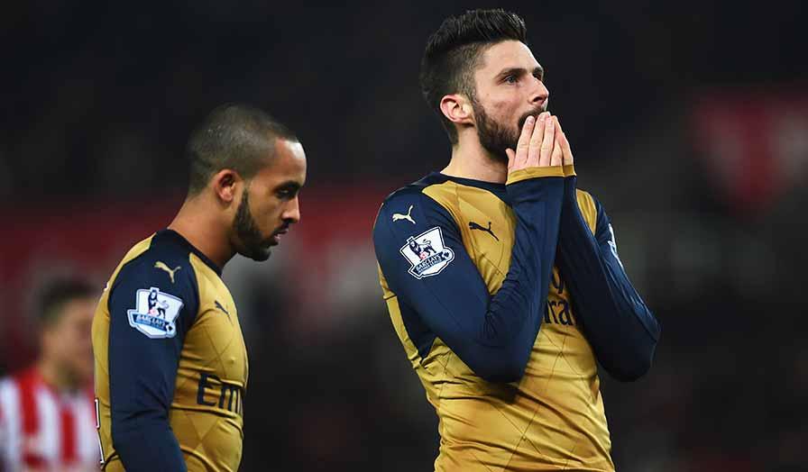 Arsenal VS Stoke Giroud