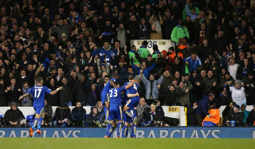 leicester celebrate against spurs