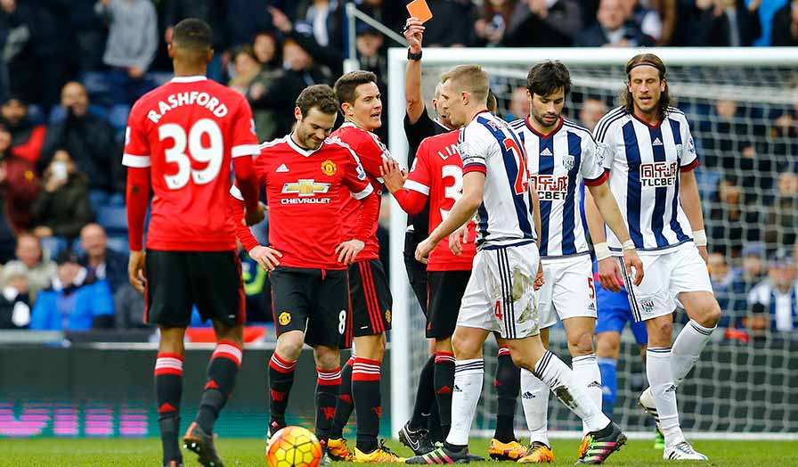 juan mata red card