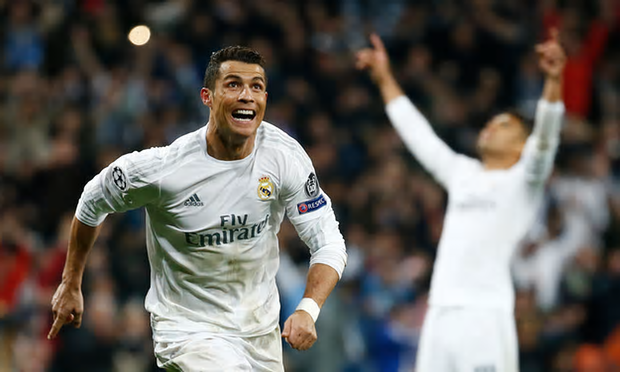 ronaldo celebrates hat trick real madrid vs wolfsburg