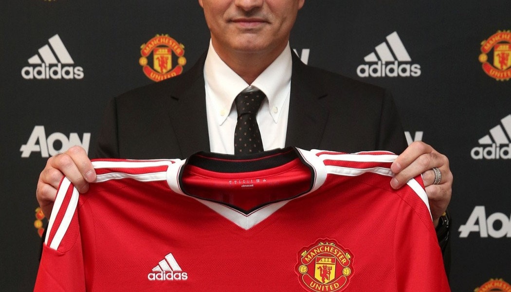 José Mourinho joins Man United