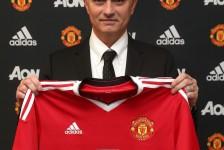 José Mourinho joins Man United