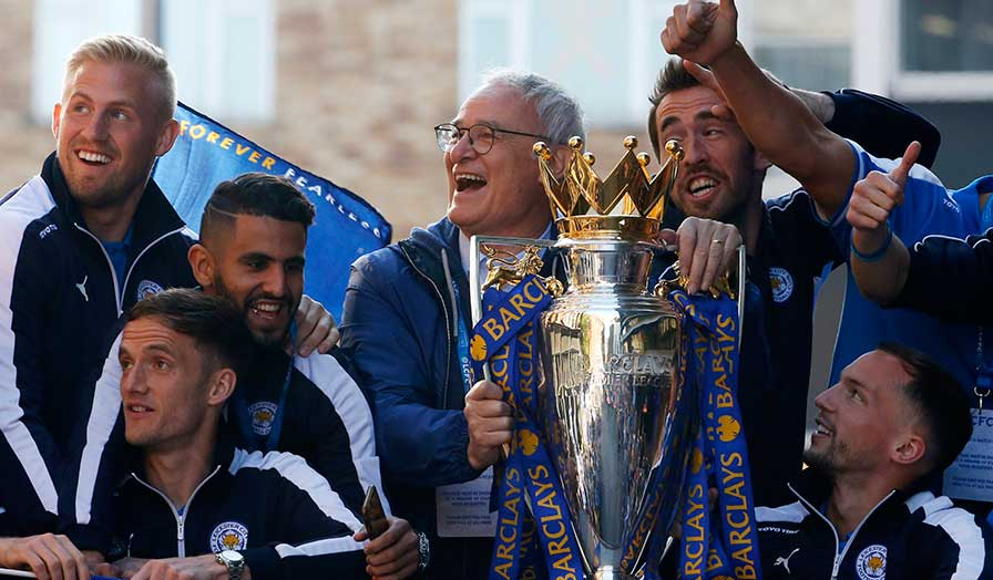 leicester city trophy parade 5