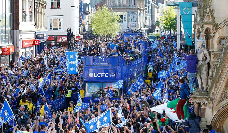 leicester city trophy parade 7