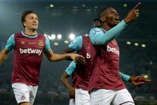 Man United fall to West Ham