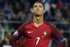 frustrated ronaldo the mirror