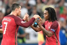 EURO: Portugal take out Poland