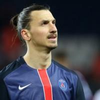 Zlatan Ibrahimovic announces Man United move