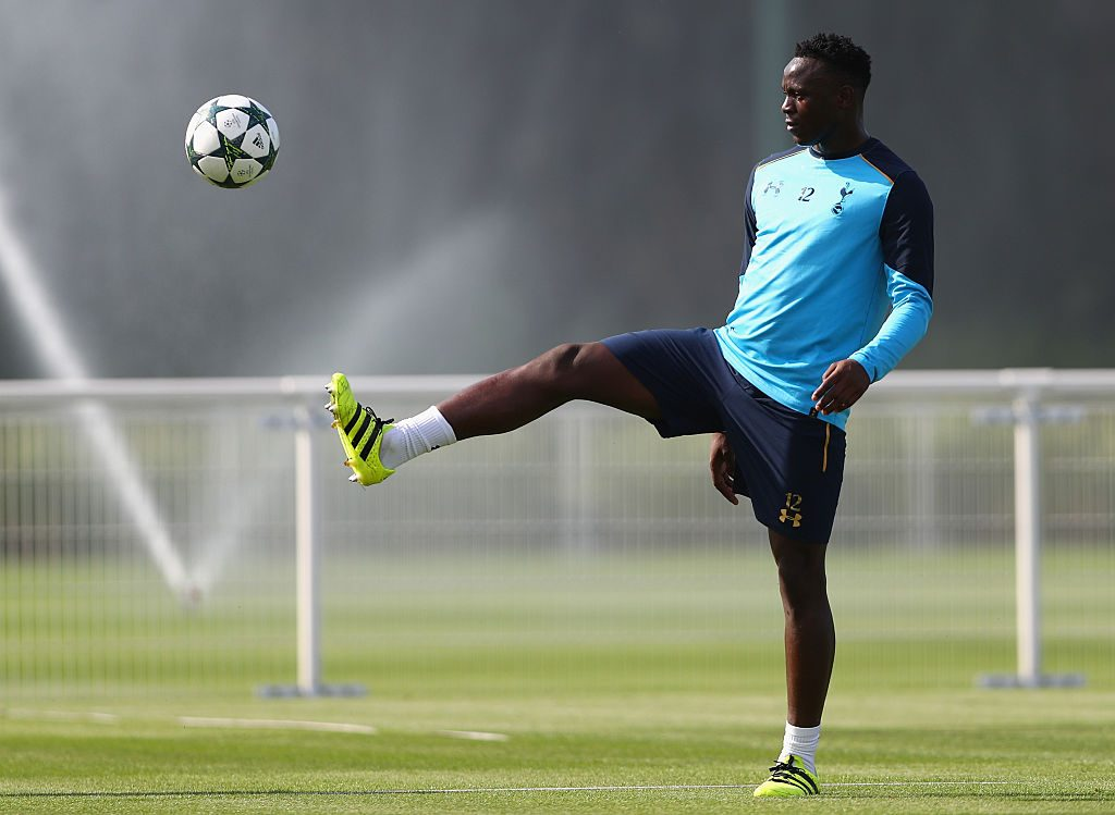 ENFIELD, ENGLAND - SEPTEMBER 13: Victor Wanyama of Tottenham Hotspur in action during the Tottenham Hotspur training session at Tottenham Hotspur training centre on September 13, 2016 in Enfield, England. (Photo by Paul Gilham/Getty Images)