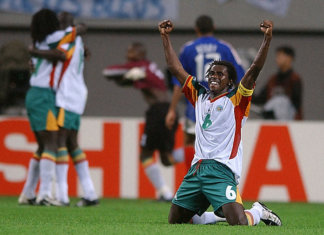 Senegal beat France 2002